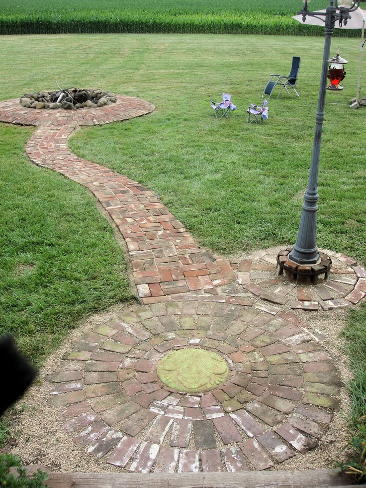 29 best images about outdoor brick fire pit on pinterest for Backyard brick fire pit