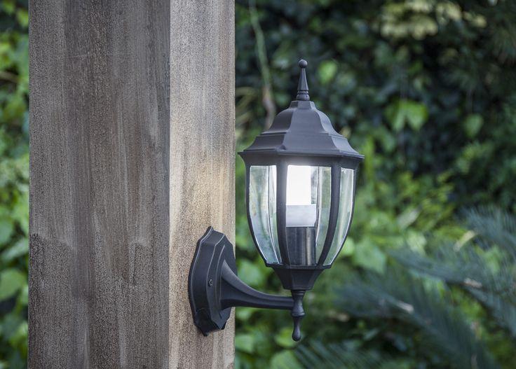 entre las numerosas que nos brinda el jardn colocar antorchas es uno de los modos ms verstiles y tiles de iluminacin antorchas jardin
