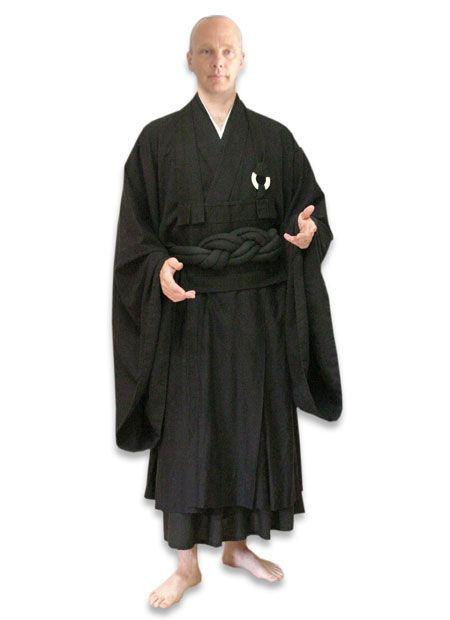 Koromo Zen Buddhist Robe. This is the winter robe for a Rinzai Zen monk or nun. #fashion
