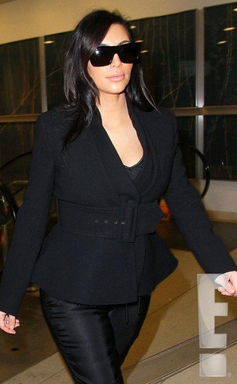 Kim Kardashian, Kanye West, pregnant pics http://hollywoodjunket.com/kim-kardashian-kanye-west-pregnant-photos-12-31-12-tumblr #celebrities