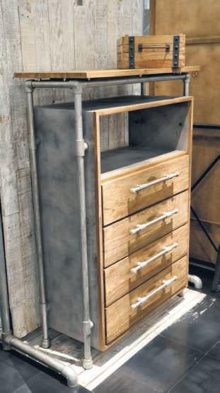 Cassettiera in Assi di legno di teak vecchi
