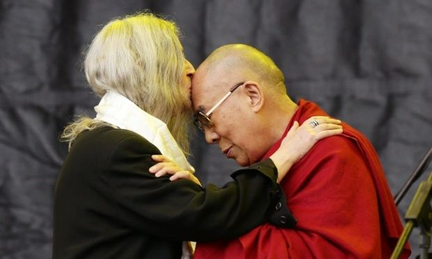 Glastonbury 2015: Dalai Lama Joins Patti Smith on Pyramid Stage  Read more: http://www.bellenews.com/2015/06/29/entertainment/glastonbury-2015-dalai-lama-joins-patti-smith-on-pyramid-stage/#ixzz3eRhyox1q Follow us: @bellenews on Twitter | bellenewscom on Facebook