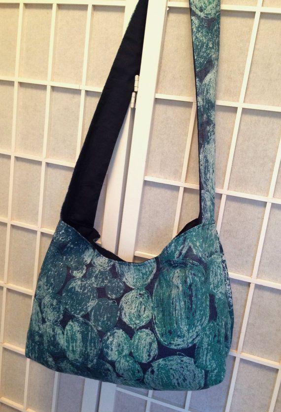 Marimekko hobo slouch bag, blue Tunturipöllö linen fabric bold pattern shoulder bag, 100% linen crossbody bag inside pockets, snowy owl