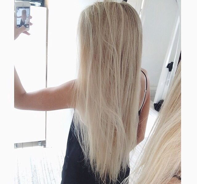 24 Inch Full Head Remy Clip in Human Hair Extensions – Bleach Blonde (#613)