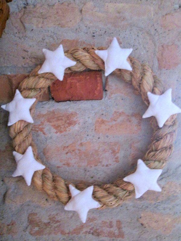 Csillagos koszorú // Wreath with stars