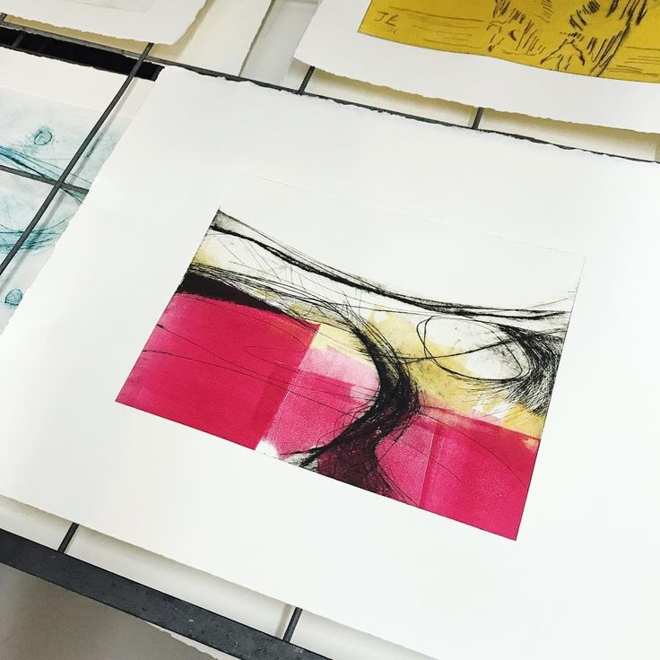 The penultimate #porthmeorprogramme weekend, and we are in the print studio. Loving every minute of my time with a bunch of wonderful artists ; I can't believe we are coming to the end...
