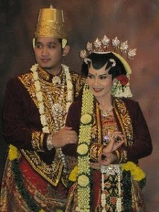 Wedding Dress Javanese Solo Basahan :