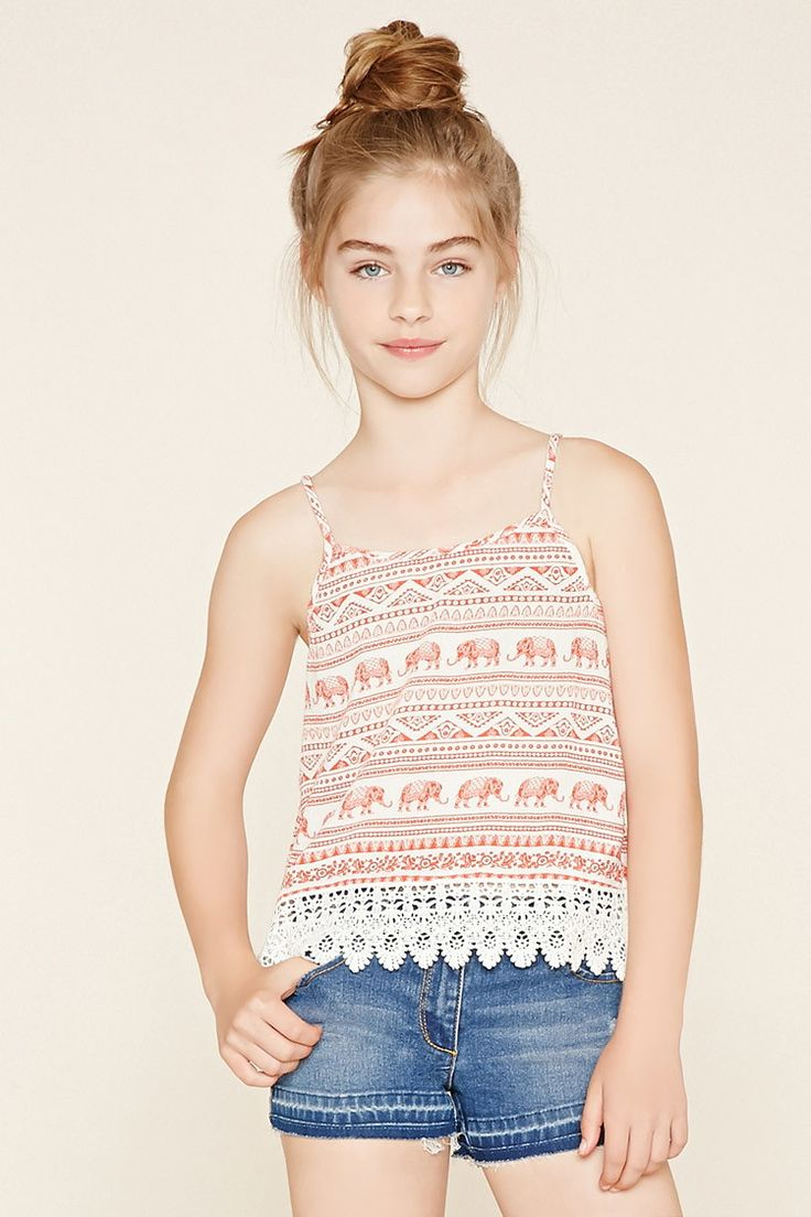 Forever 21 Girls - A pair of stretchy denim shorts with a five-pocket construction and a zip fly.