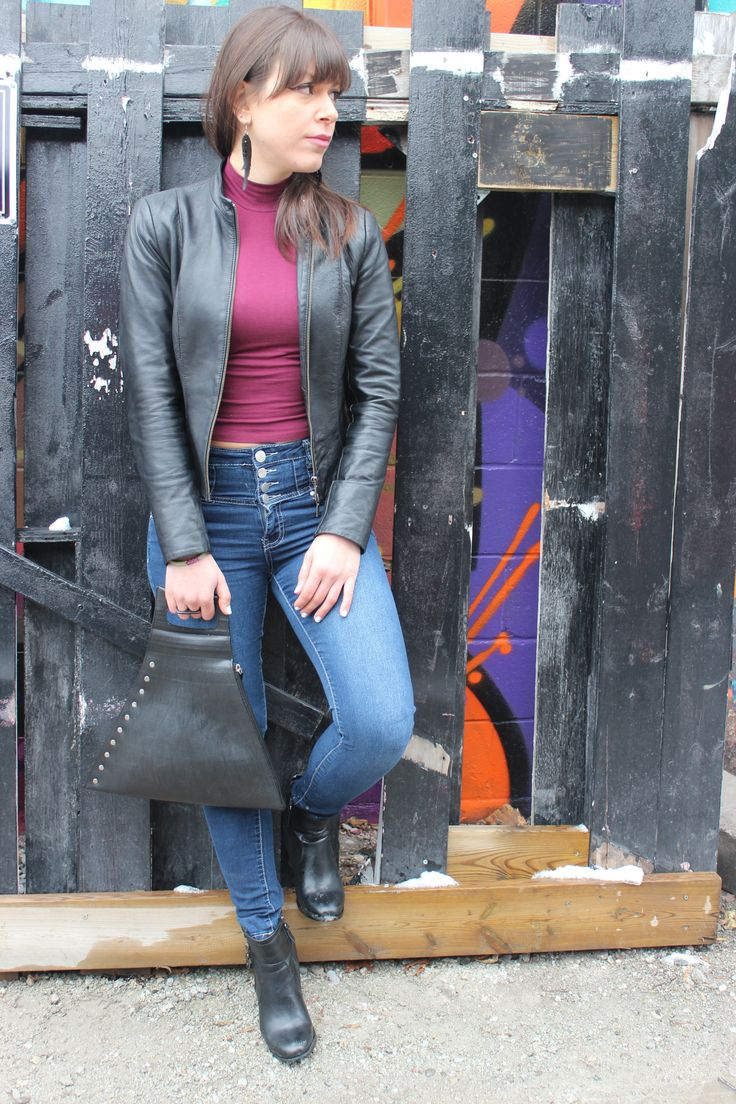 Don't be a square. Think outside the box with this gorgeous handcrafted bag made from inner tubes. The bag is vegan, ethically made and completely one of a kind. What do you think?