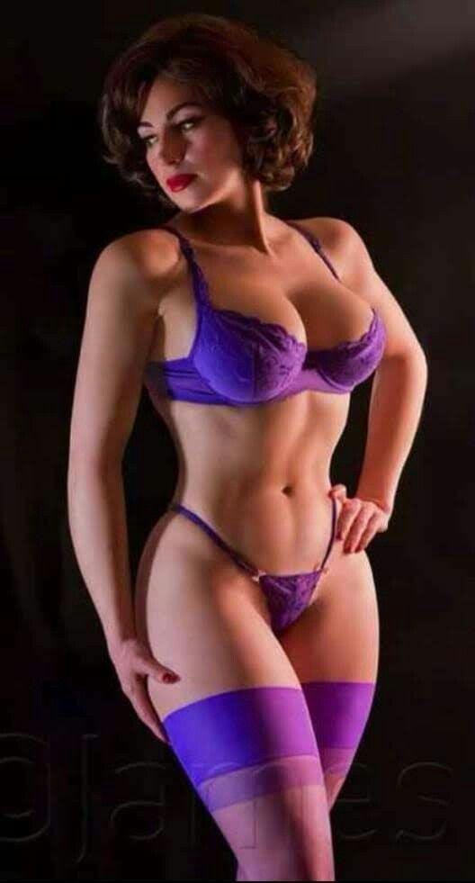 f07dbbc3de61 Pin by Porfirio Enrique Carrillo Uribe on Mias   Chicas en bikini ...