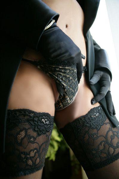 Touching… bdsm master slave via pinterest