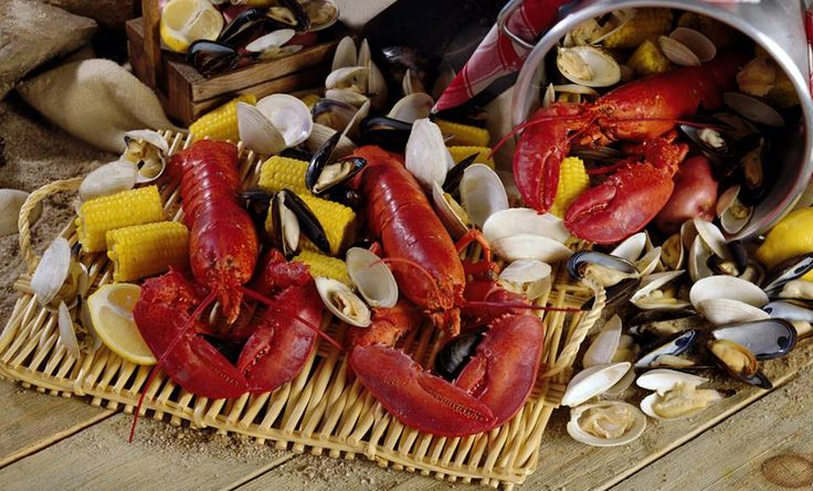 Get ready for a New England clambake and some of the world's best lobster! The 16th annual Lobster Dinner & Clambake at Tutti Mangia Italian Grill is on Sunday, 7/13. Reservations required by 7/10.   More info: http://tuttimangia.com/images/TM_LobsterDinner_Web_6.11.14-2.pdf