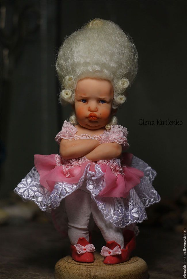 Miniature baby dolls by:  Being a teacher and a mother of three children, talented Russian doll-maker Elena Kirilenko manages to find the time for creation these inimitable dolls which definitely look like real babies: tiny and sweet.