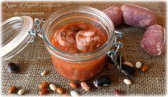 Aprire il vasetto e sentire un intenso profumo: questo è quello che vi succederà con la zuppa di fagioli e salsiccia in vasocottura.