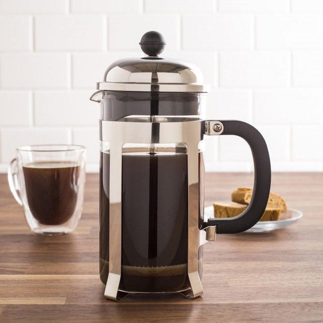 Extract all the flavour of your favourite coffee bean with our Robusta French Press. The borosilicate glass carafe makes it safe to pour boiling hot water directly onto your freshly ground beans and the heat resistant handle makes it easy to pour your coffee while it is still hot. Grounds are strained through the reusable micro-pore mesh strainer, creating a clear, delicious coffee every time.