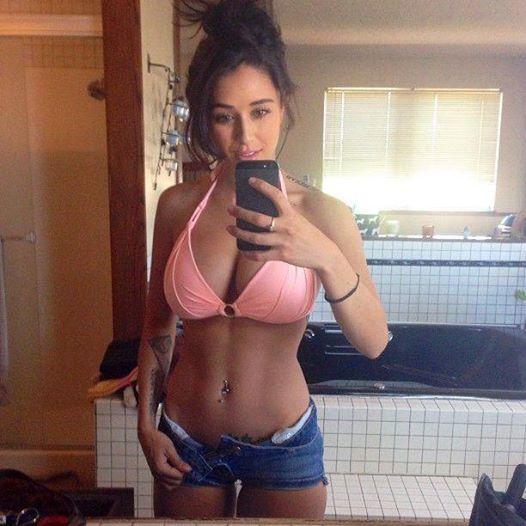 in love with a midget + stripper