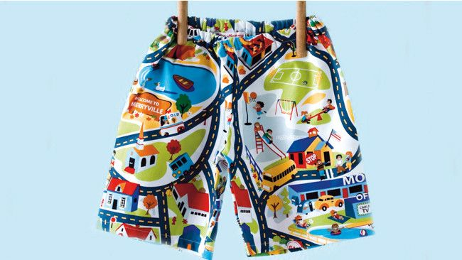 How to sew shorts for a little boy (or girl) Link with free patterns for four different sizes!