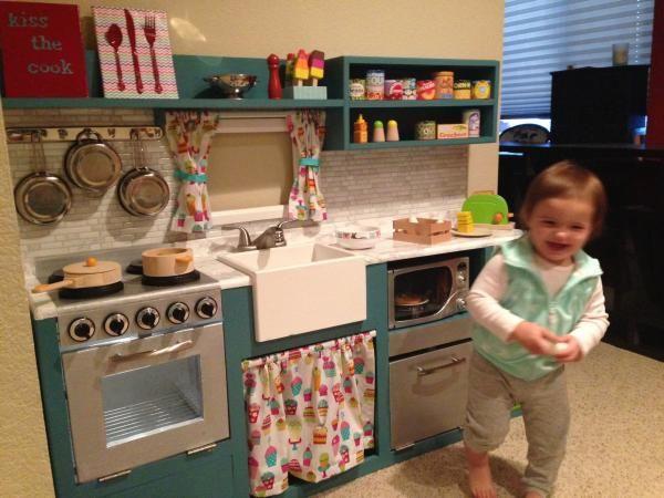 Cool custom DIY play kitchen!