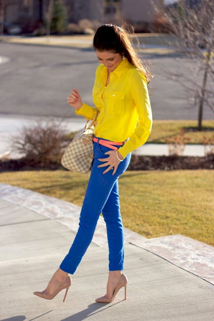 Street Style With Yellow With And Short