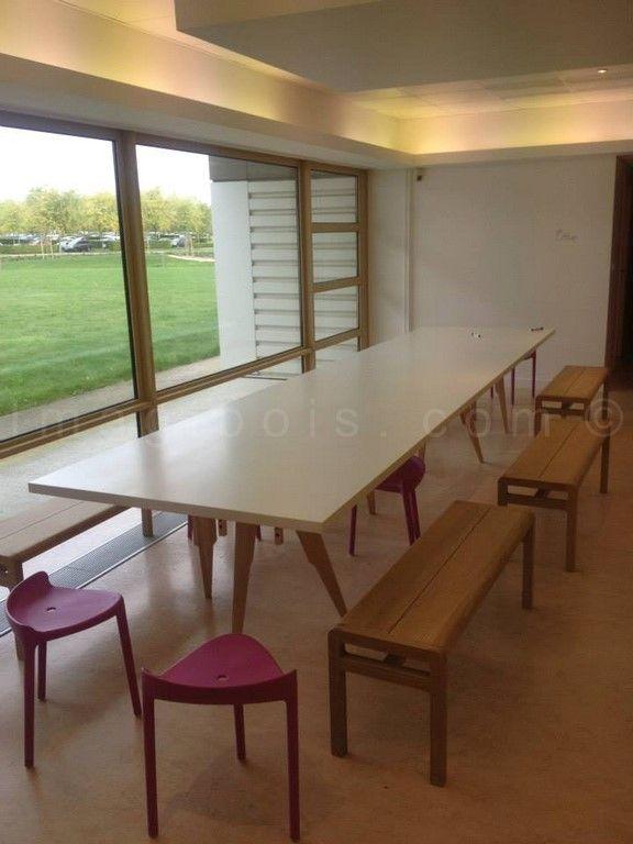 table de réunion Vuitton en Kerrock... longeur 5.50m...
