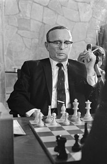 Polish child prodigy Samuel Reshevsky / He was never a full-time chess professional, but did become an American chess grandmaster
