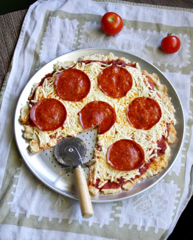 Pepperoni Pizza Gluten Free Dairy Free And Egg Free The Pretty Bee Recipe Dairy Free Pizza Dairy Free Pizza Recipe Dairy Free Recipes
