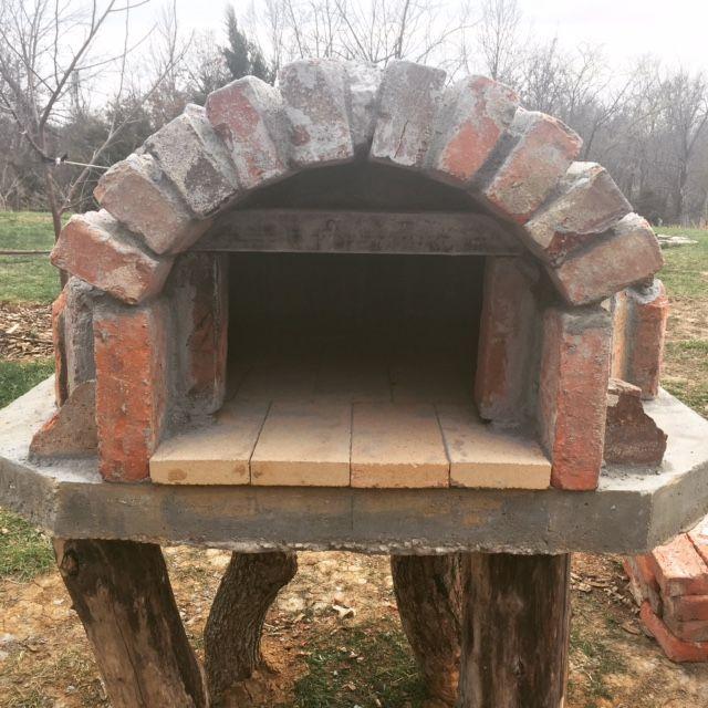 A brick/cob hybrid pizza and bread oven in progress | Homestead Honey