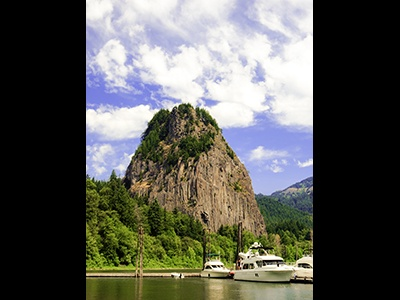 Beacon Rock - visit on a road trip to Oregon