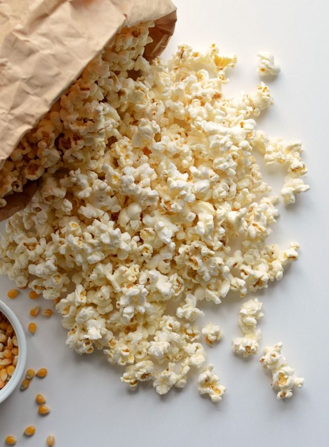 Come Pop Popcorn in un sacchetto di carta nel forno a microonde (Scommetto che…