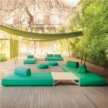 Paola Lenti Orlando Seating - Style # B77xx, Modern Outdoor Sofa – Contemporary Outdoor Sofa – Patio Sofa - Modern Outdoor Furniture | SwitchModern.com
