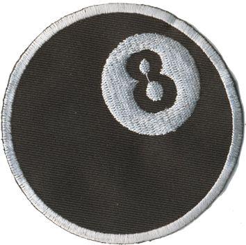 Tygmärke  8 Ball  Storleken är 8cm Artikelnummer:10501