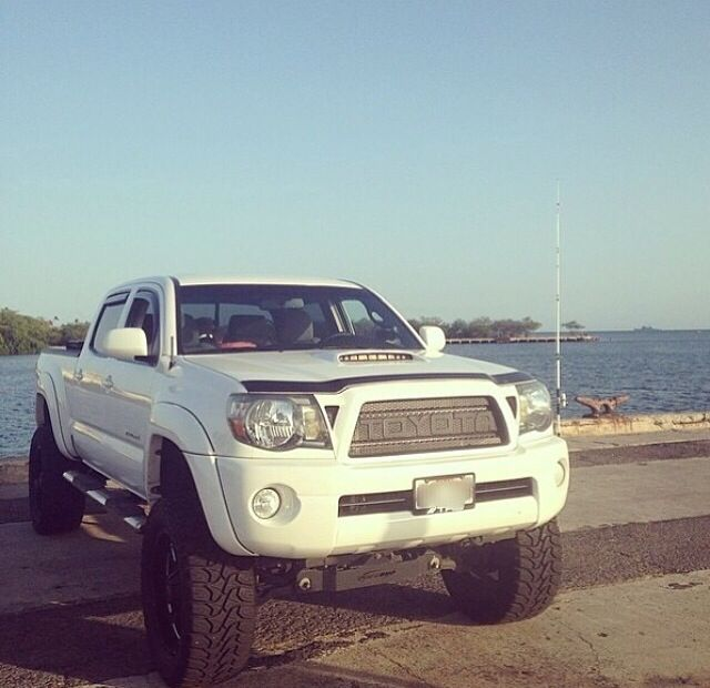 Toyota Tacoma (2005-2011) Grills starting at $550.00 US. For more aftermarket Toyota products go to: http://www.bpfabricating.com