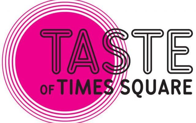 Tanta musica e tanto cibo all'aperto per il festival a Times Square New York Tanto cibo e tanta buona musica per il festival a Times Square New York, lunedì 1 giugno partecipa anche tu al festival, oltre 50 i ristoranti che parteciperanno all'iniziativa, potrai gustare piatti #newyork #timessquare #cibo #musica