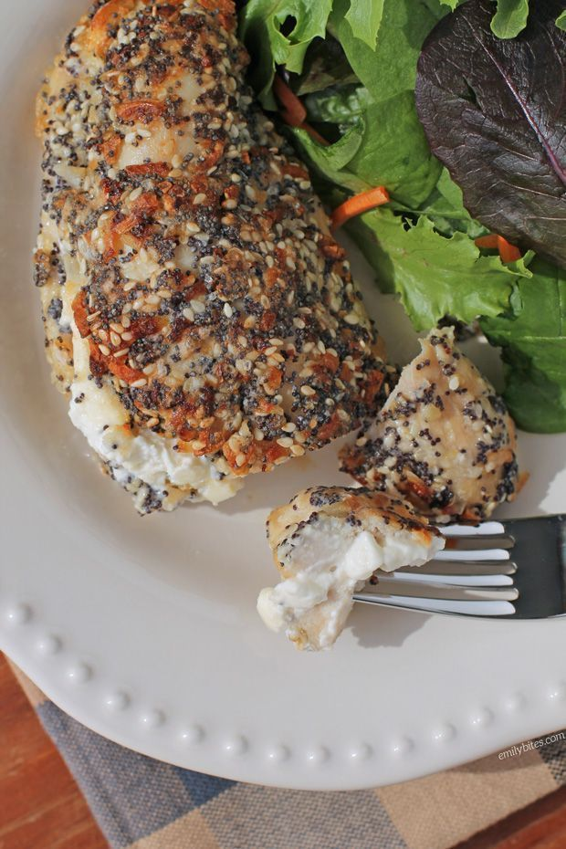 This Cream Cheese Stuffed Everything Chicken is a low carb, high protein meal with all the flavors you love from an everything bagel for just 333 calories or 7 Weight Watchers SmartPoints! www.emilybites.com