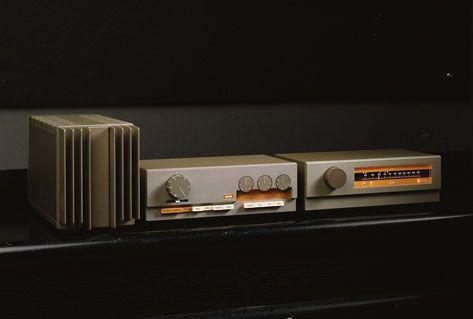 Quad 303, 33 & FM 3 ... Vintage 60's-70's amp, pre-amp & tuner ... Neeeeded ...