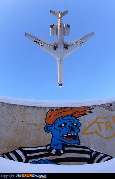 Ilyushin Il-62M & Graffiti