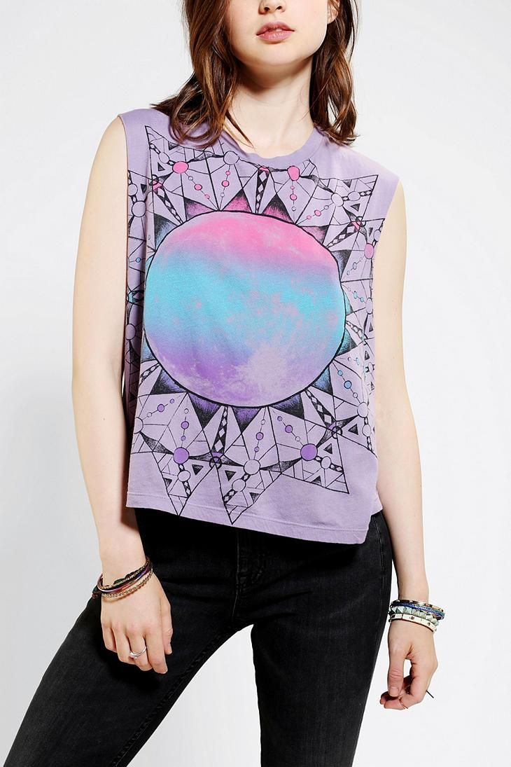 Title Unknown Lunar Dream muscle tee. #urbanoutfitters