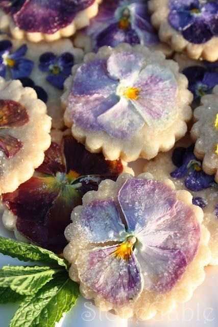 Pansy Shortbread Cookies - I love this idea!!