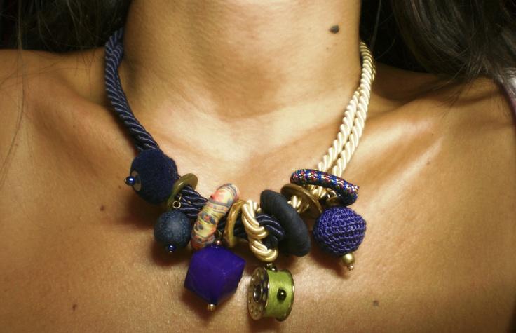 Au12.365 necklace