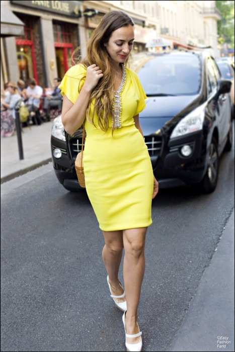 yellow: Mi Style, Fashion Style, Yellow Dresses, Neon Girls, Yellowdress, Kittens Heels, Bright Yellow, Fashion File, Neon Yellow