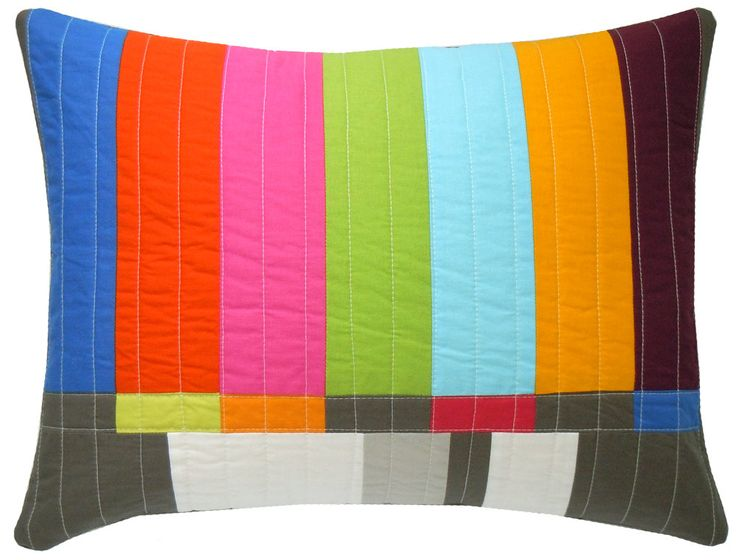 A nod to the T.V. test pattern - bold and geometric.Graphics Throw, S'Mores Bar, Tv Test, Design Bedrooms, Lumbar Pillows, Throw Pillows, Throw Lumbar, Test Pattern, Design Offices