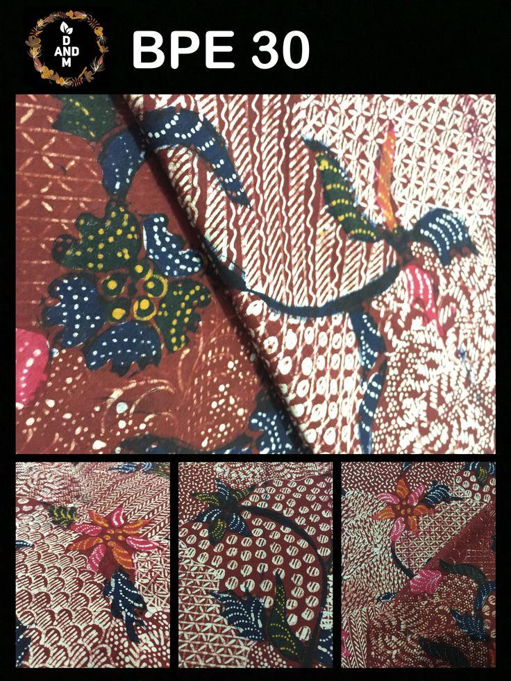 Batik Tulis Tradisional Klasik madura Indonesia