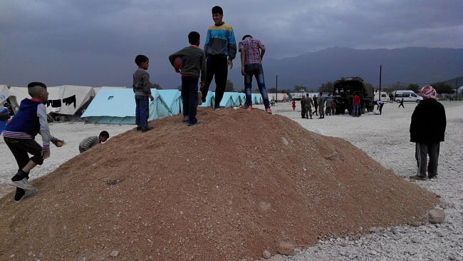 cool Αιτήσεις για προσλήψεις στα Κέντρα Προσφύγων