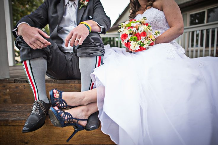 Wedding Details | Navy & Coral | Wedding Shoes | Ohio State | Wedding Socks | Akron OH | Wedding Bouquet | @blackdogpho0196