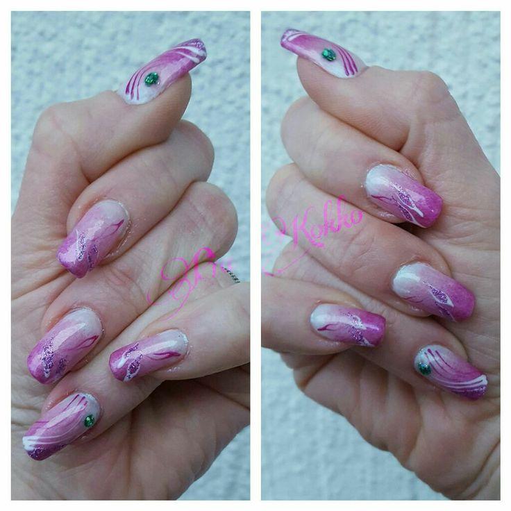 #opal #pinkmetal #purple #snowwhite #glitter #emerald #greenveil #blingbling #uvgel #nailart #mosaic #mosaicnailsystems #passionfornails