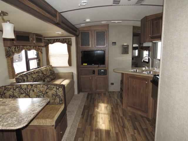 2016 New Keystone Cougar 31SQB Travel Trailer in Florida FL.Recreational Vehicle, rv, 2016 Keystone Cougar31SQB, 15,000 BTU Air Conditioner, 50 Amp Service w/A/C, Camping In Style Pack, Convenience Package, Correct Track, Decor- Bronze, Exterior-Champagne, LED Ceiling Lights, Polar Package, RVIA Seal, Tri Fold Sleeper Sofa, Value Package, Winterization, X-Lite Package,