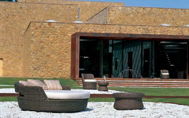 Rattan Garden Furniture   Garden Paradise In The Mediterranean Style