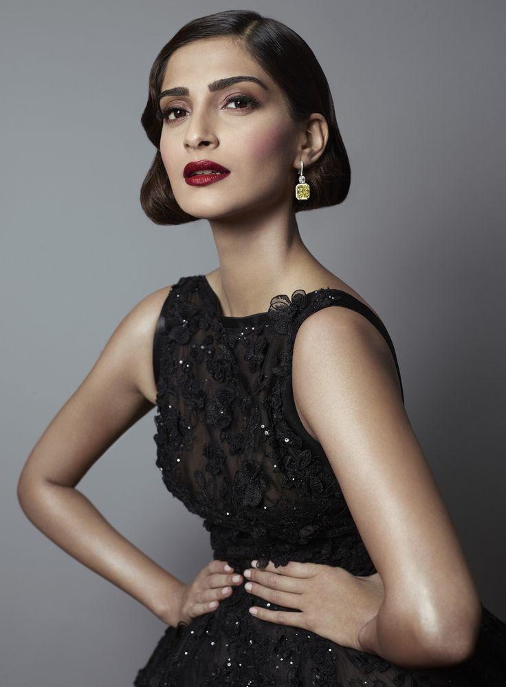 Sonam Kapoor - égérie L'Oréal Paris