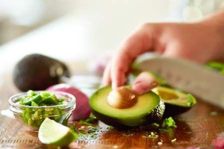 Sie mögen Ihr Fleisch oder Gemüse herzhaft mariniert, gegrillt, gebraten oder geschmort? Dann ist unsere Rind Gemüse Pfanne mit Teriyaki-Sauce genau das richtige für Sie.