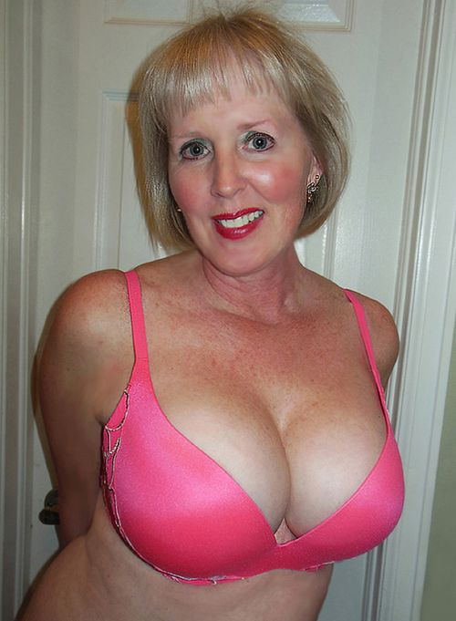 Nice Mature Ladies Strip 46